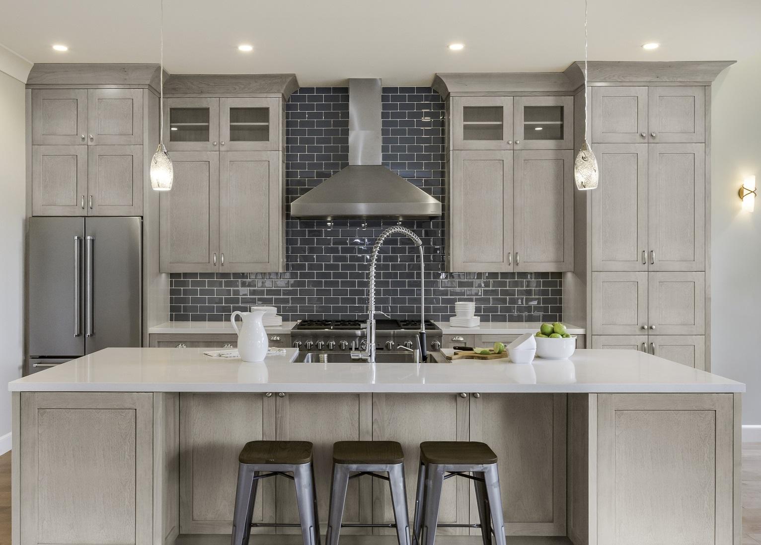 quality design 58096 6ca90 Midtown Light Grey Shaker