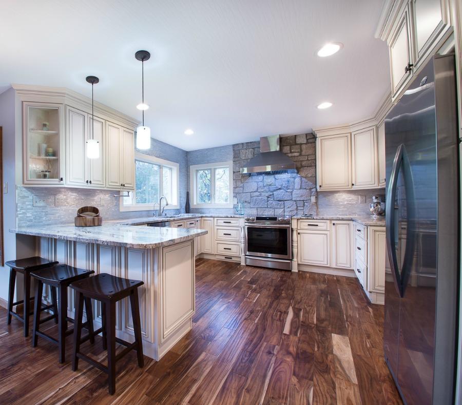 Already Assembled Kitchen Cabinets: Signature Vanilla Glaze Pre-Assembled Kitchen Cabinets