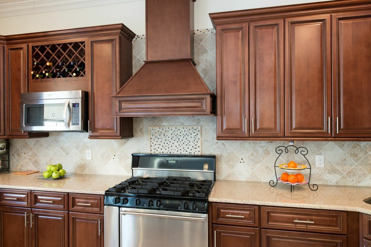 Signature chocolate pre assembled kitchen cabinets the for Assembled kitchen cabinets