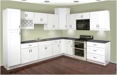 Thermofoil White Shaker Kitchen