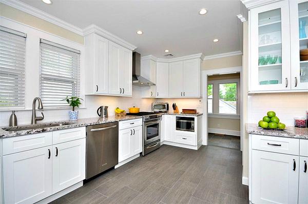 Aspen White Shaker Pre-Assembled Kitchen Cabinet