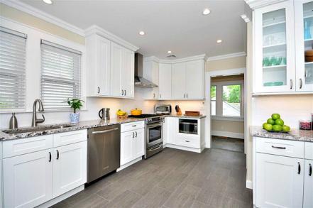 Assembled Aspen White Kitchen 1