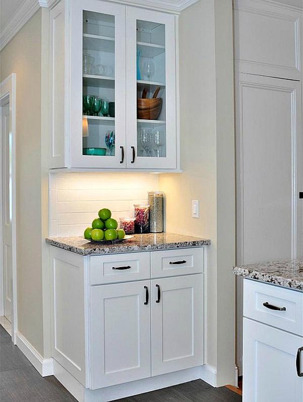 Aspen white shaker pre assembled kitchen cabinet the rta for Already assembled kitchen cabinets