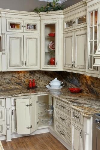 Vintage white ready to assemble kitchen cabinets for Ready to assemble kitchen cabinets